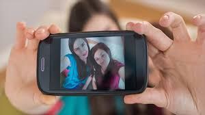 Wow, Ini Dia Trick Agar Foto 'Selfie' Kamu Paling Bagus
